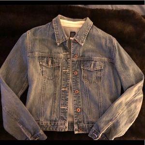 GAP denim jacket - size medium